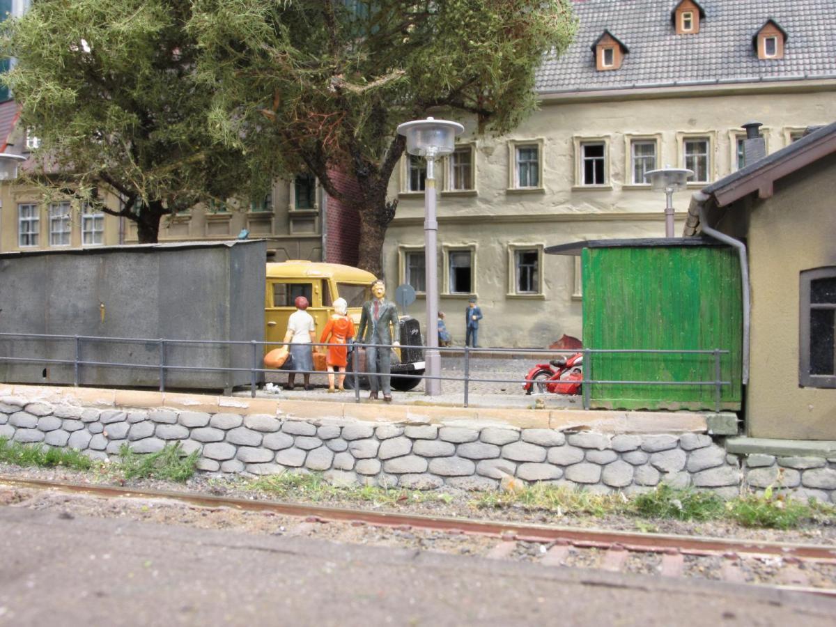 Bahnhofsvorplatz